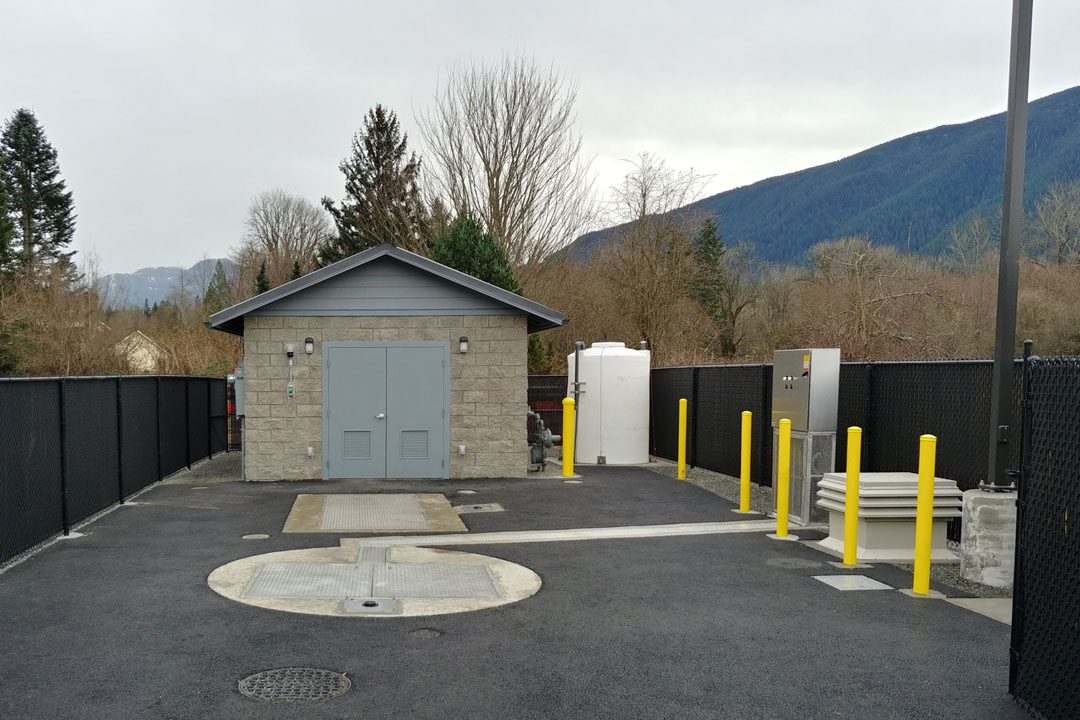 Wastewater Lift Station with Control Building and Chemical Feed Odor Control