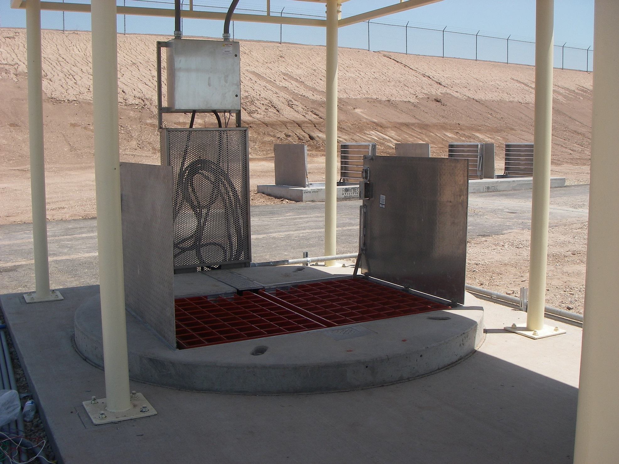 Sheltered Pump Manhole