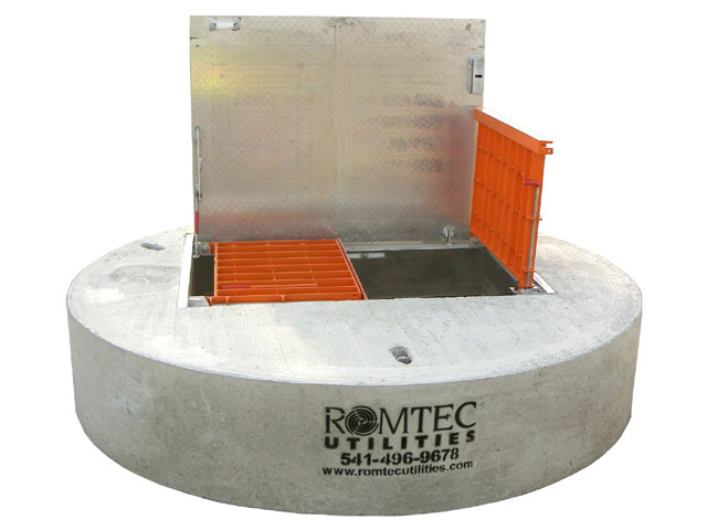 Wet Well Safety Hatch with Fall Protection